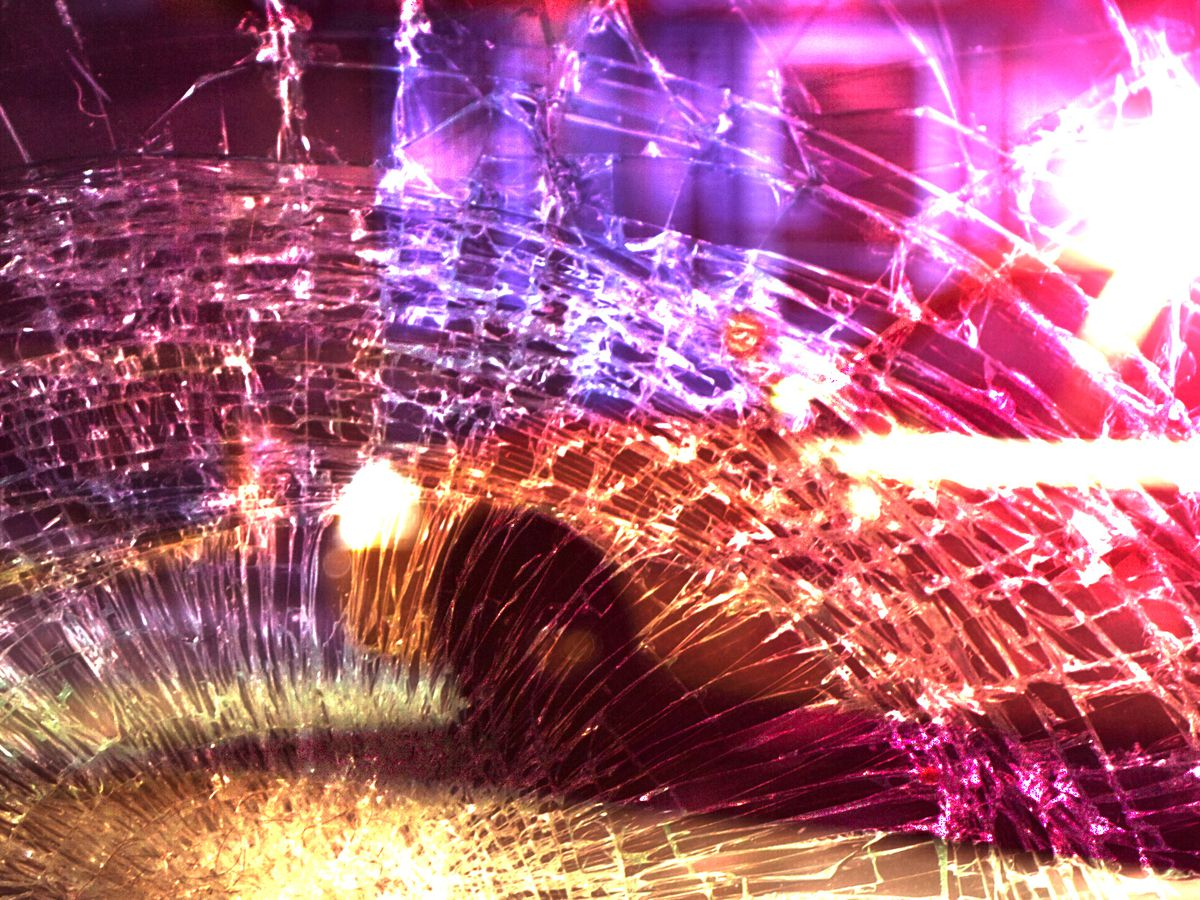 One dead after crash in field in Orangeburg Co.