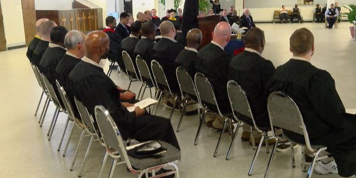 12 student inmates earn associate degrees