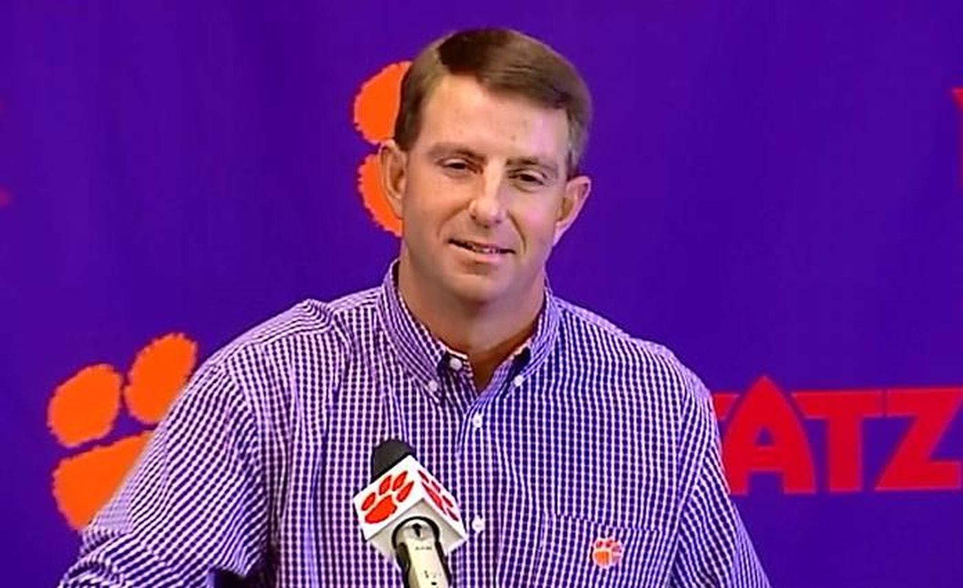 """Swinney responds to Spurrier: """"I'll take it as a compliment"""""""