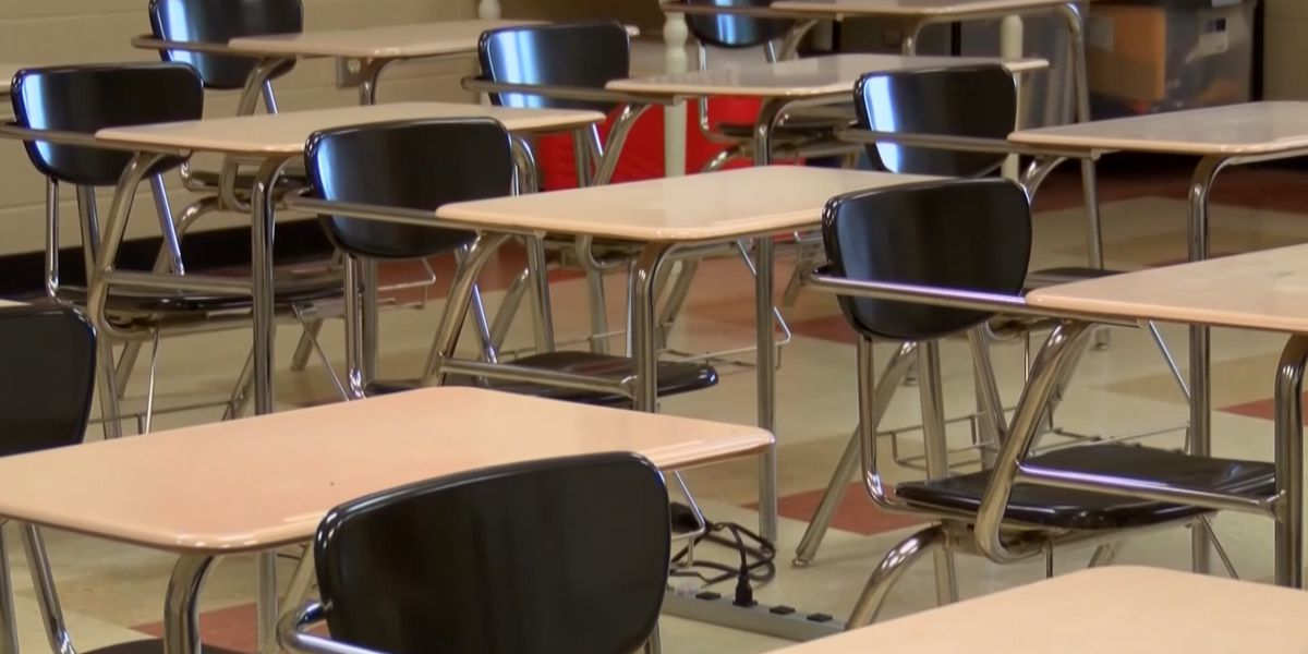 Lexington 2 school to go virtual after more than 10% of students, staff exposed to COVID-19