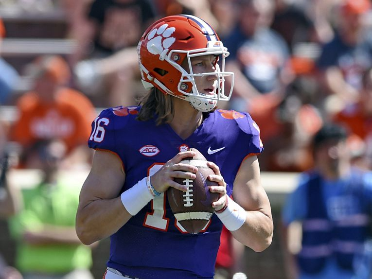 Clemson's Lawrence named ACC Preseason Player of the Year