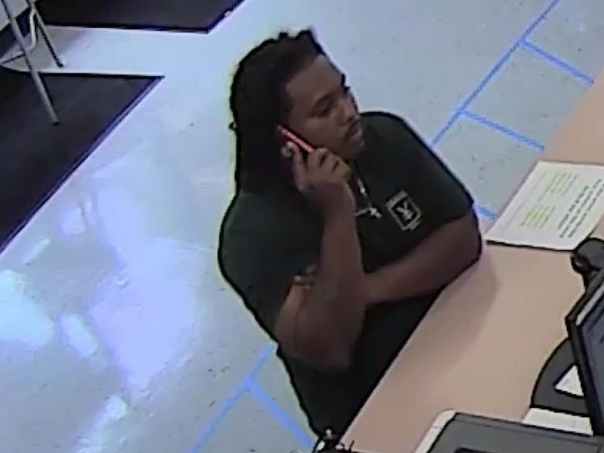 Lexington Police seek suspect accused of using stolen credit card to buy tires
