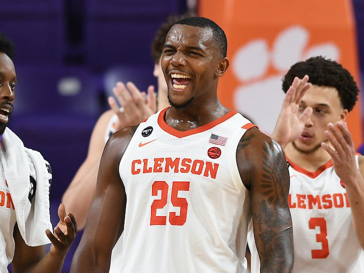 Clemson's confidence starts with big dreams