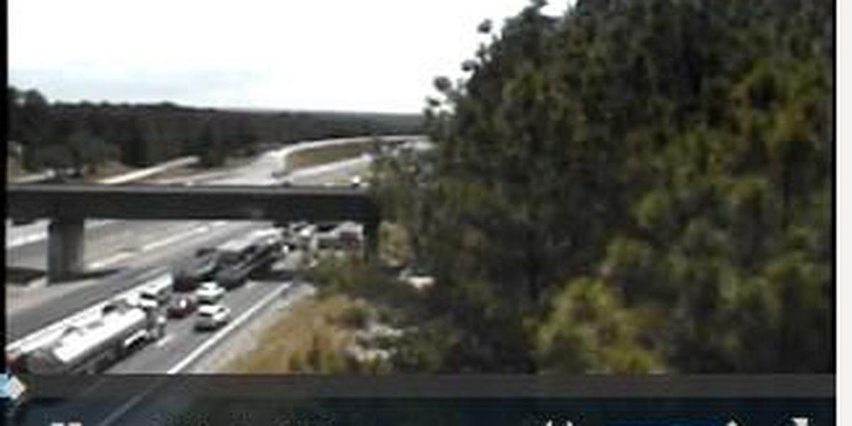 FIRST ALERT TRAFFIC: Crash blocking I-77 near Two Notch Rd.