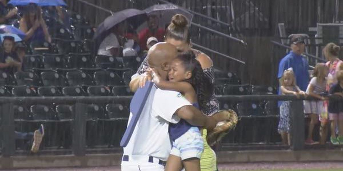 SSgt. shocks family with his return in the most baseball way possible
