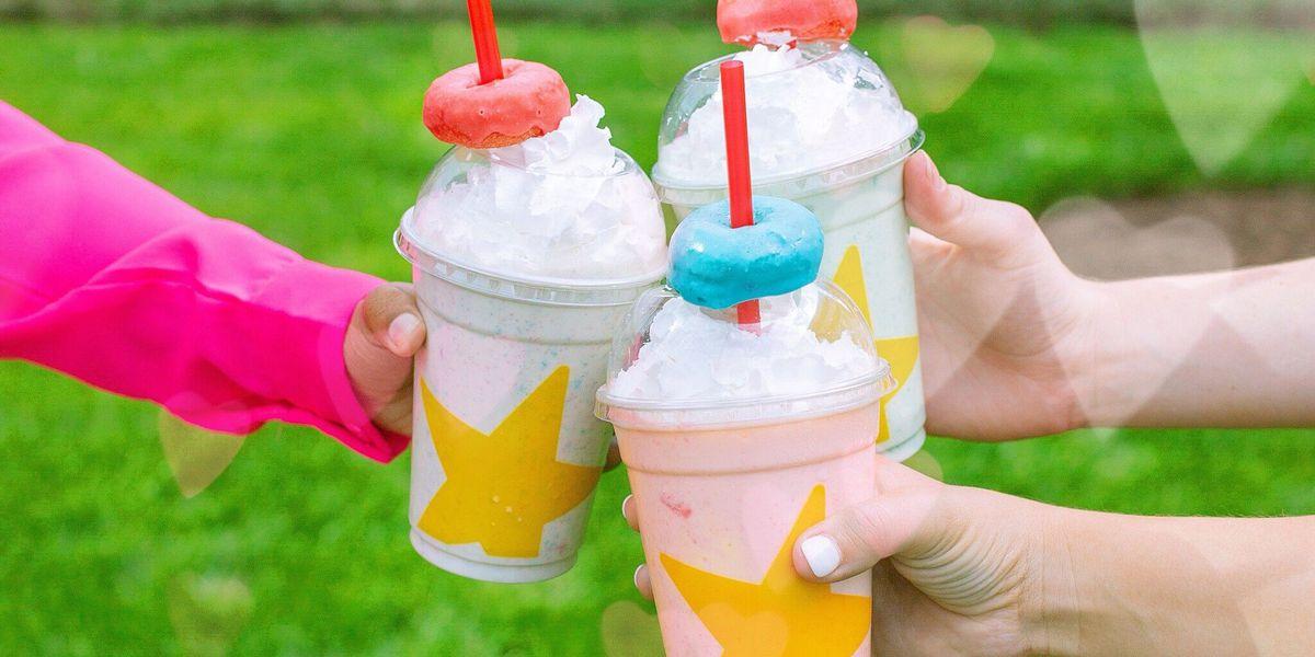 Creamy, fruity, cool: Hardee's debuts new Froot Loops Mini Donut Milkshake