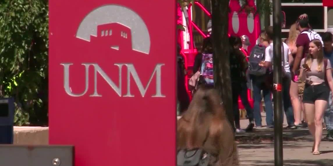 New Mexico's governor announces free college plan