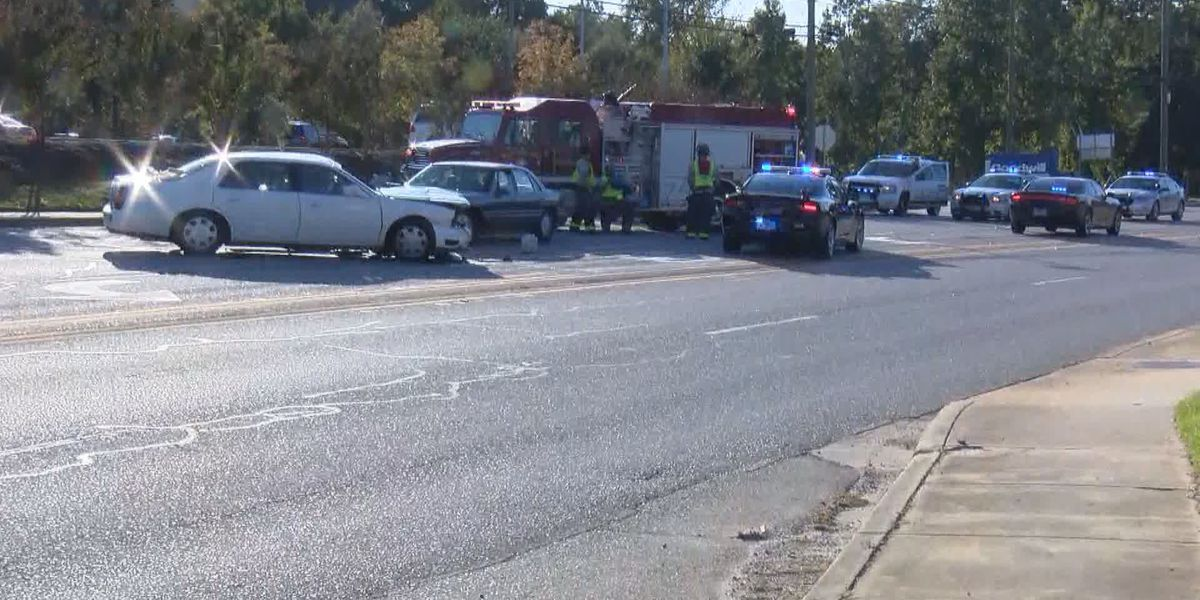 RCSD chase of suspect in stolen car ends with crash that injured several in West Columbia