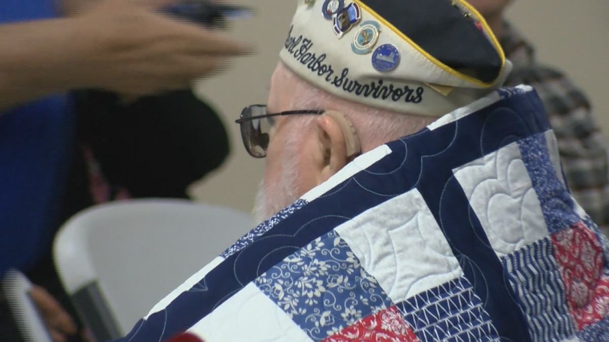 Chapin veteran who served in Pearl Harbor receives Quilt of Valor