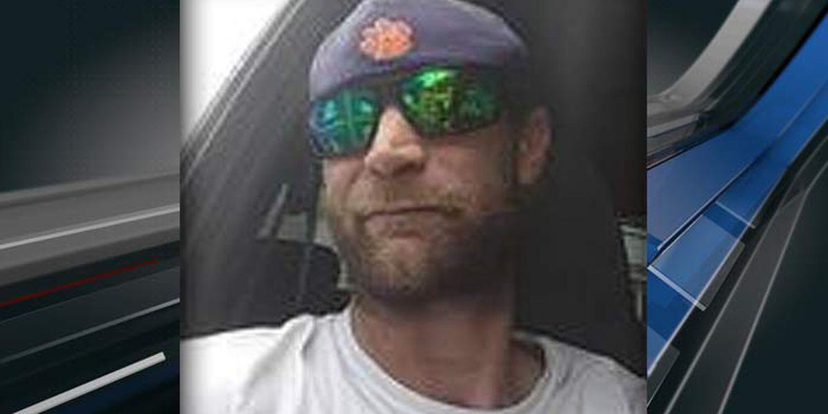 Georgetown County crews retrieve missing man's vehicle near boat landing