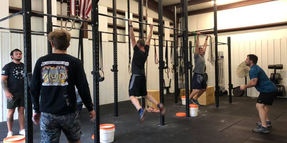 Lexington crossfitters complete 'The Murph Challenge' for Memorial Day