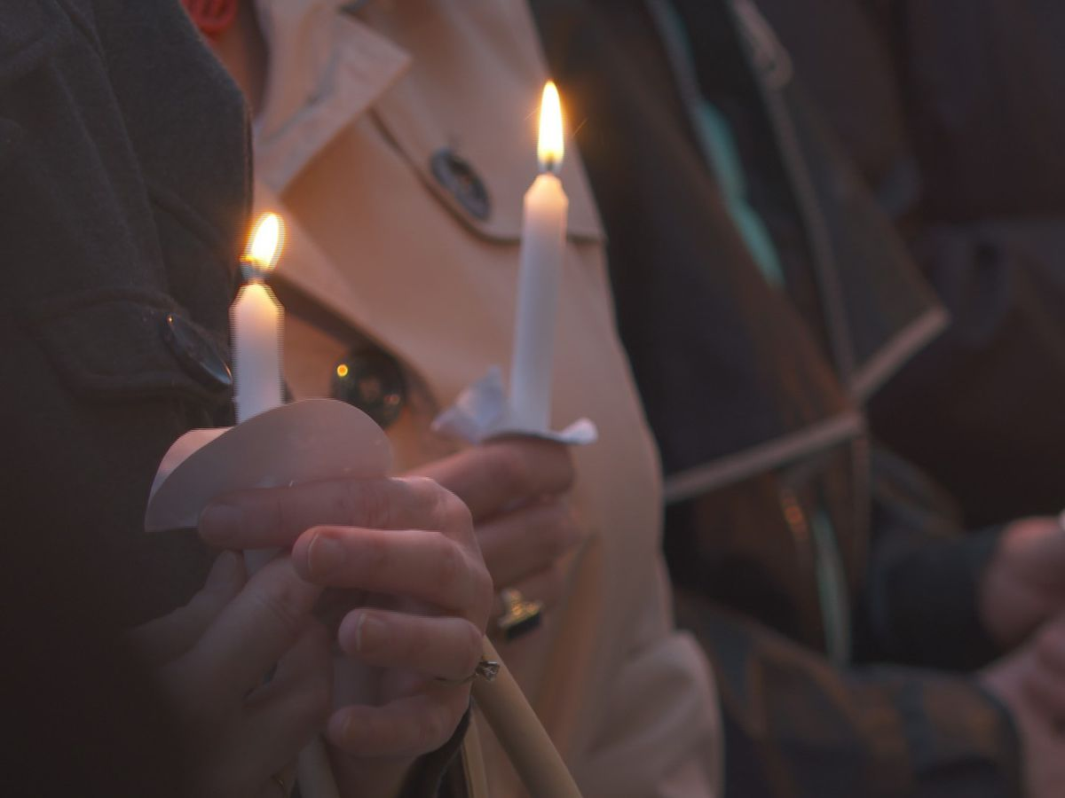 Cayce community holds vigil to remember 6-year-old Faye Swetlik