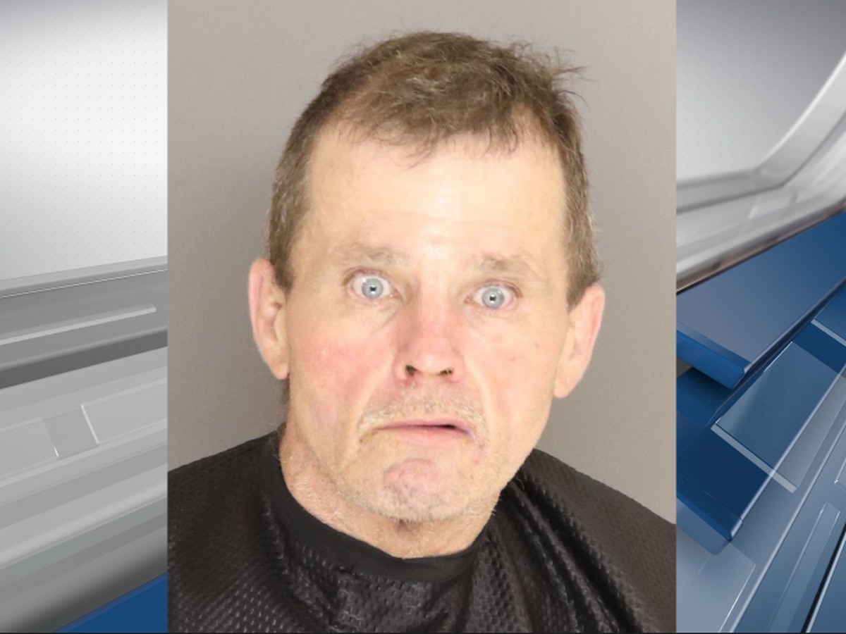 Sumter man arrested, accused of stealing $1,800 worth of metal roofing