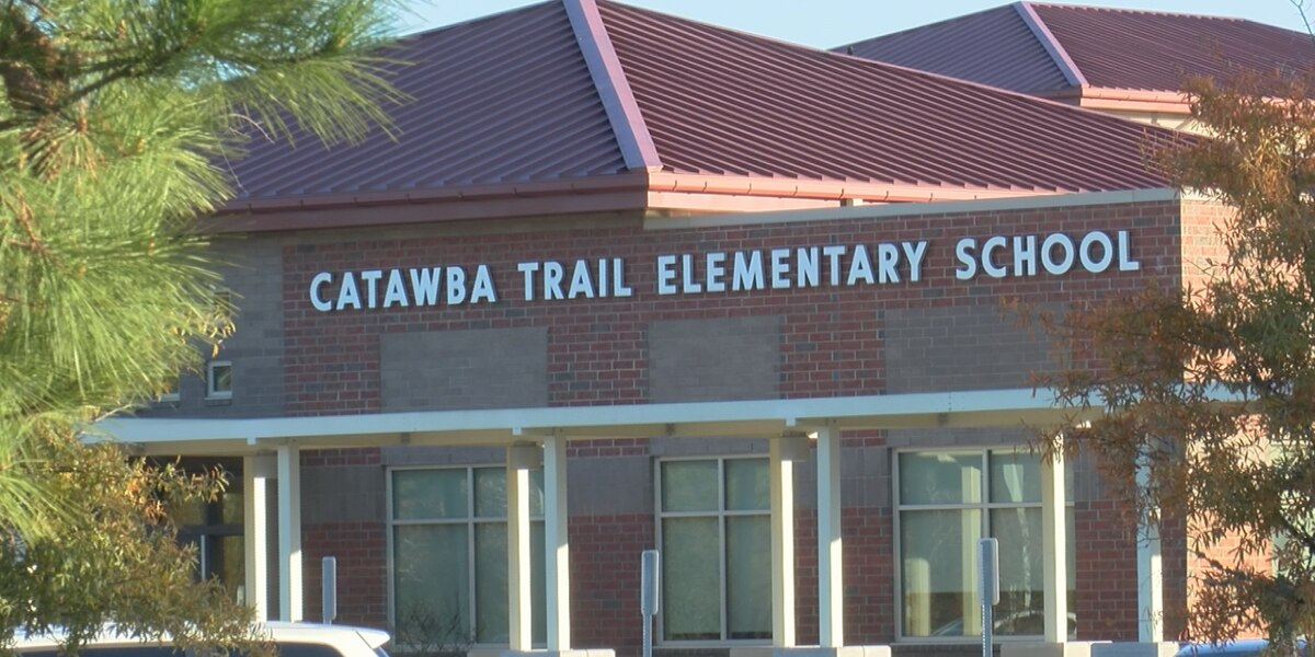 R2 school board votes to rezone some Catawba Trail students