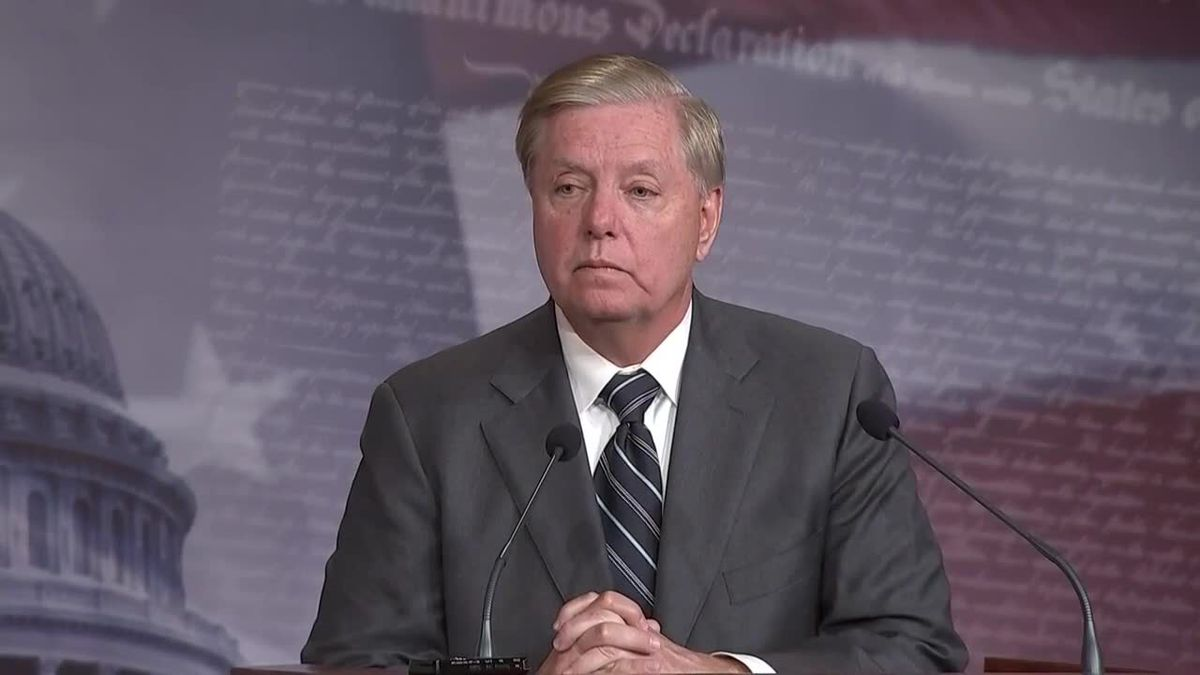 Sen. Lindsey Graham tweets support of president's airstrike that killed Iranian general