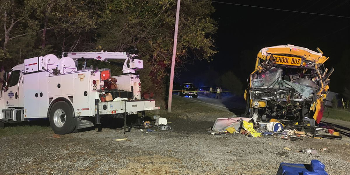 School bus driver, 7-year-old girl killed in Tennessee crash