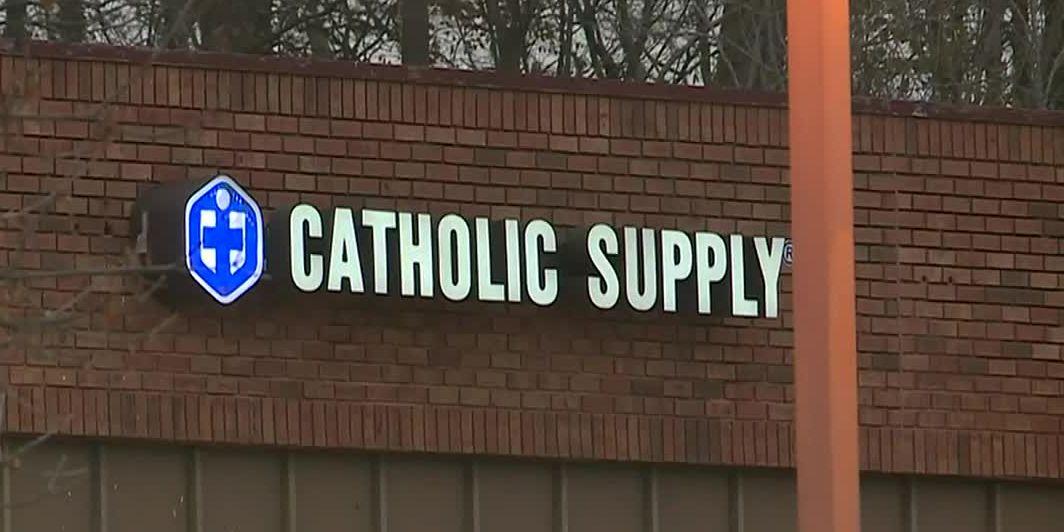 Gunman sexually assaults women at Catholic Supply, fatally shoots 1