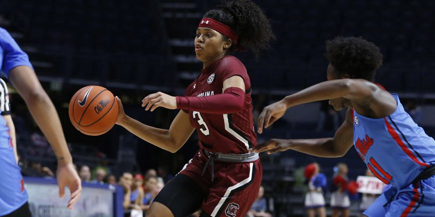 Gamecocks set defensive records in dominant 87-32 win over Ole Miss