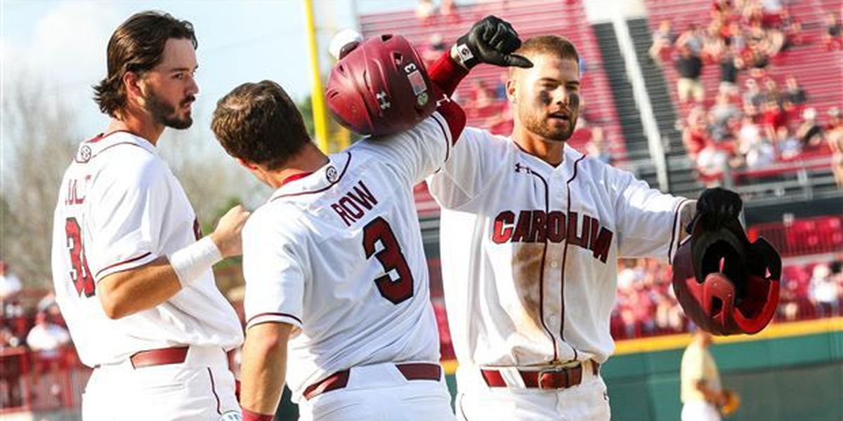 Gamecocks continue crushing the baseball, stomp CSU