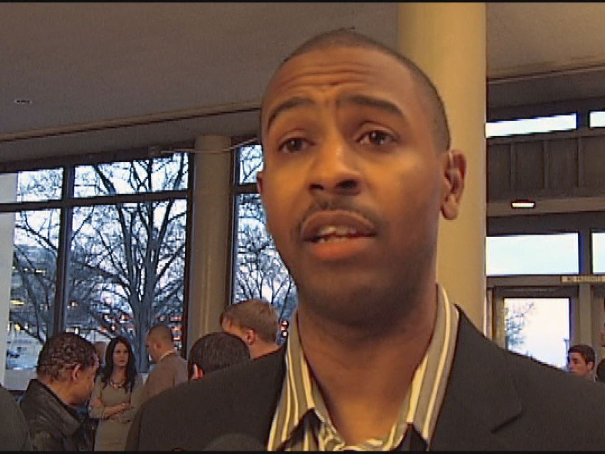 Former Gamecocks basketball star turned SRO fired amid allegations of sexual assault of students