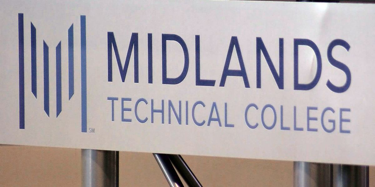 Midlands Tech donates supplies to aid medical community