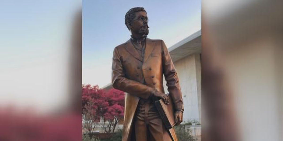 USC unveils statue of first African American professor