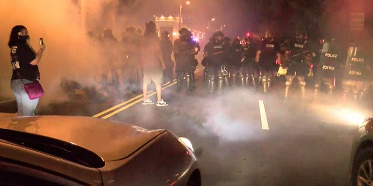 City council member among arrests as police station damaged, grocery store looted in Charlotte protests