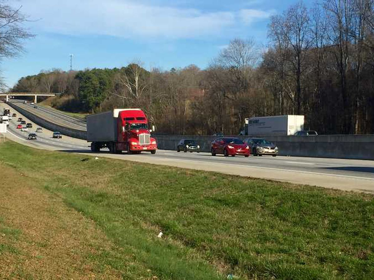 SC House passes bill to ticket slow left lane drivers