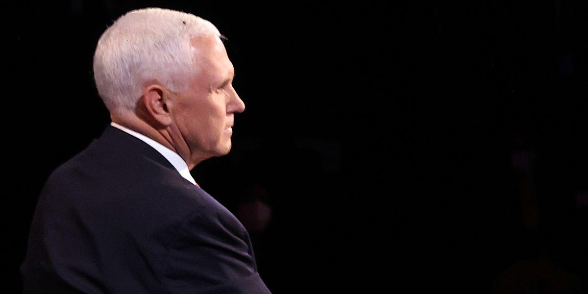 Fly on Pence's head generates buzz in VP debate