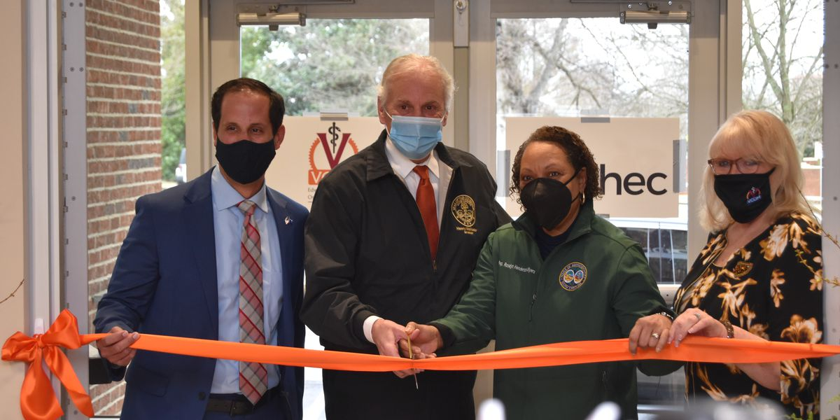 State officials open new COVID-19 vaccination clinic in Spartanburg