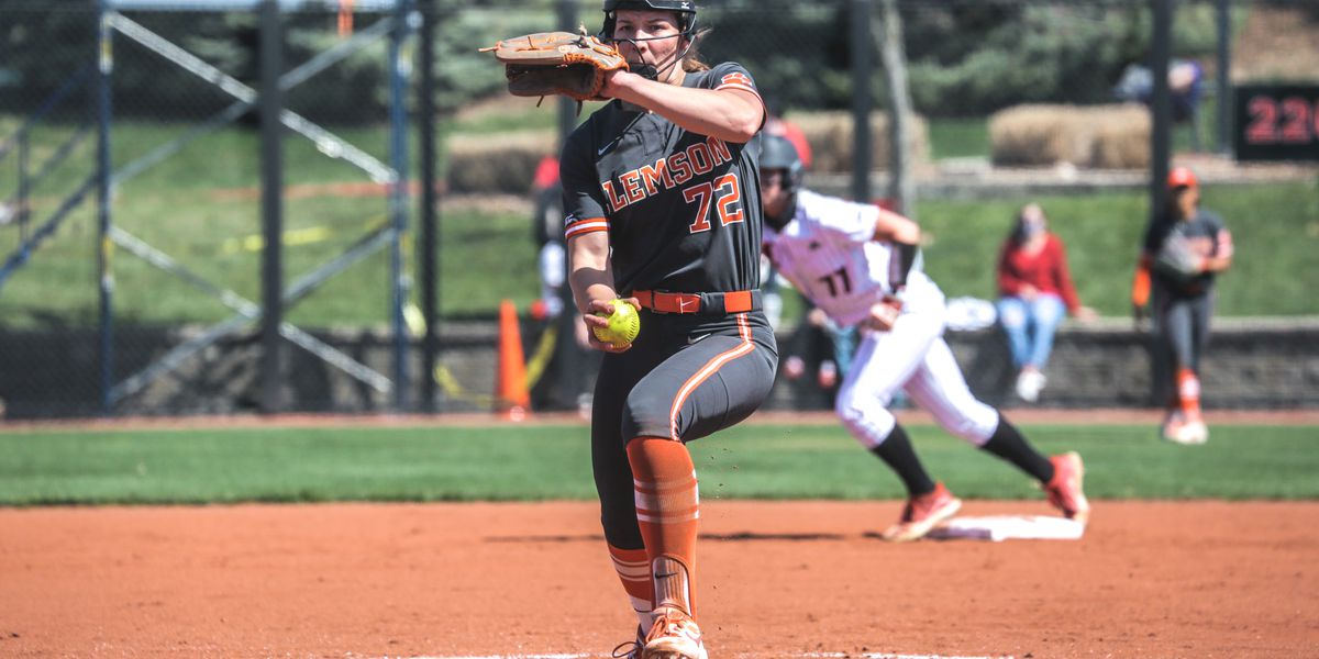 Cagle tabbed NFCA Player of the Week