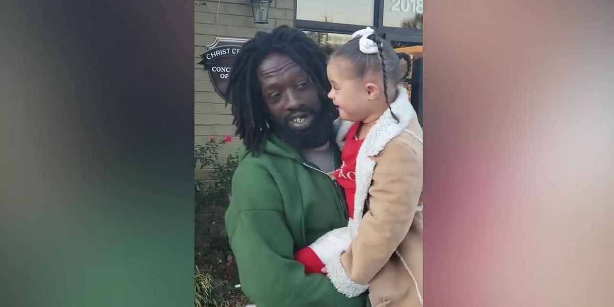 WATCH: SC mom shares heartfelt duet between daughter with Down syndrome and homeless man