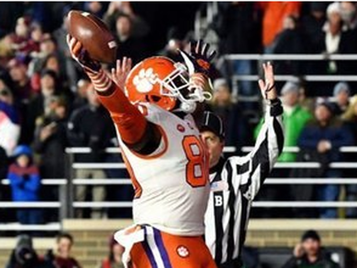 "Boston ""D"" Party: Clemson defense smothers BC to clinch ACC Atlantic"
