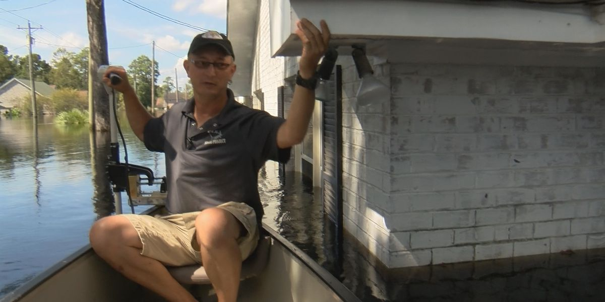 'I can scuba dive in my living room', says Socastee flood victim