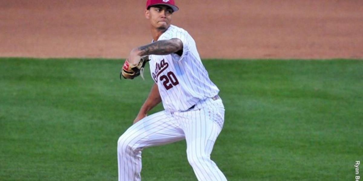 Baseball Defeats Mercer to Open Three-Game Series