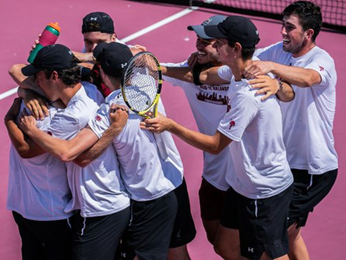 Gamecocks Advance to NCAA Round of 16