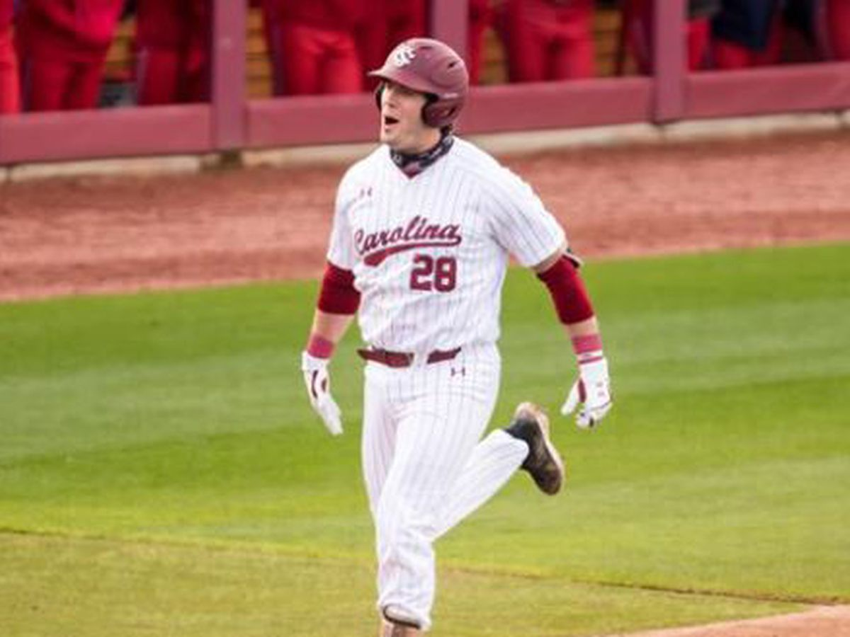 Clarke named a National Player of the Week by Collegiate Baseball