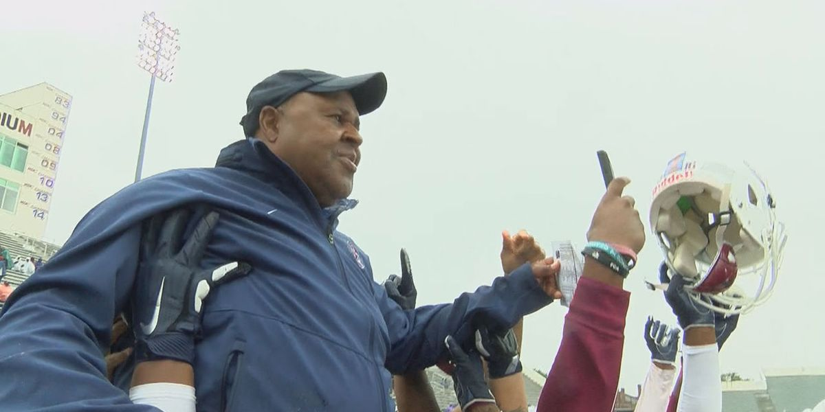 SC State's Pough named MEAC Coach of the Year, 9 Bulldogs earn MEAC honors