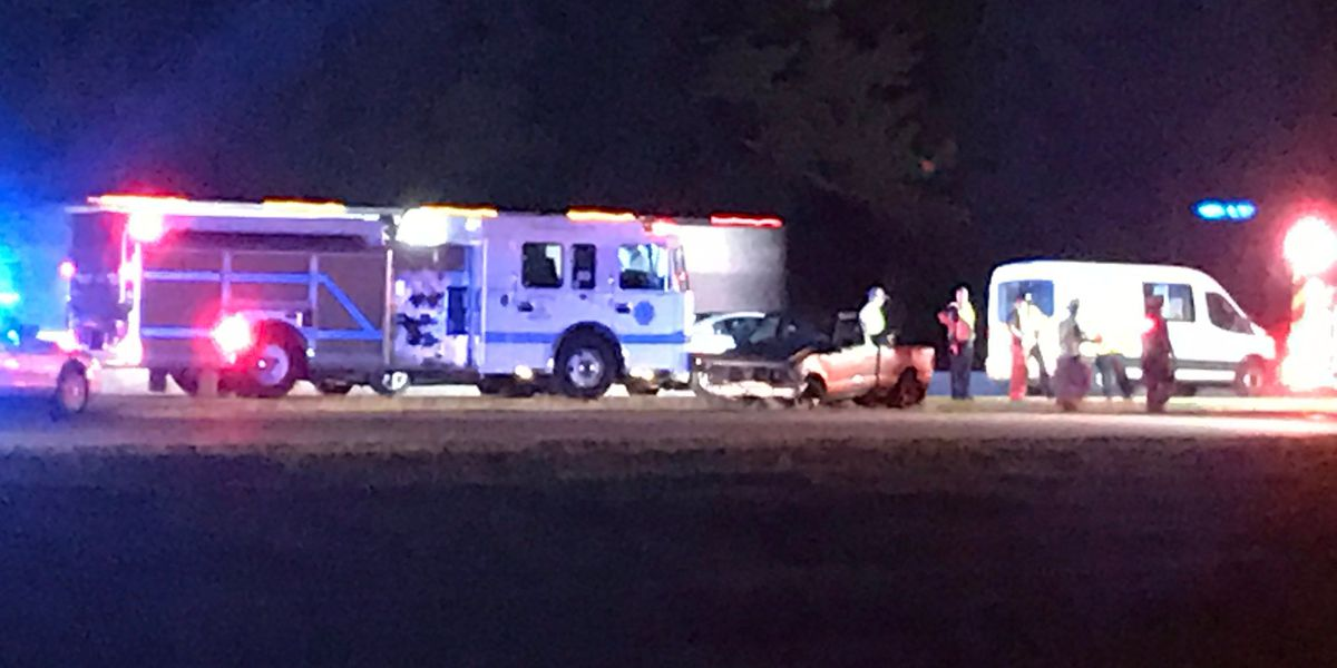 FIRST ALERT TRAFFIC: Collisions on both sides of I-20 block lanes