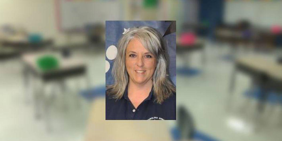Community mourns loss of Lexington elementary school teacher to COVID-19