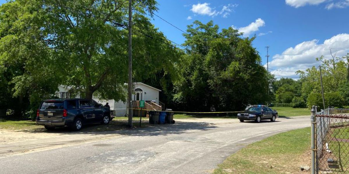 Shooting in West Columbia leaves one dead