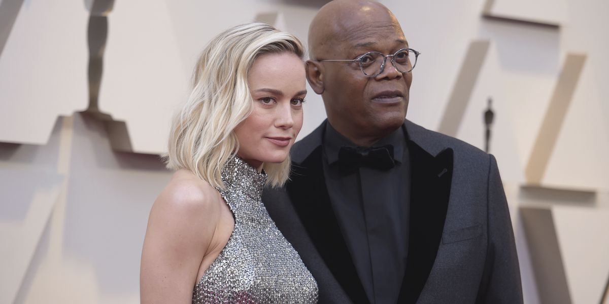 Samuel L. Jackson gives lesson on swearing in 15 different languages to encourage people to vote in upcoming election