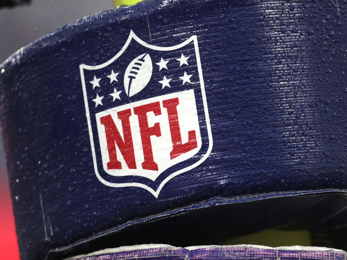 Union committee rejects NFL labor deal; player reps to vote