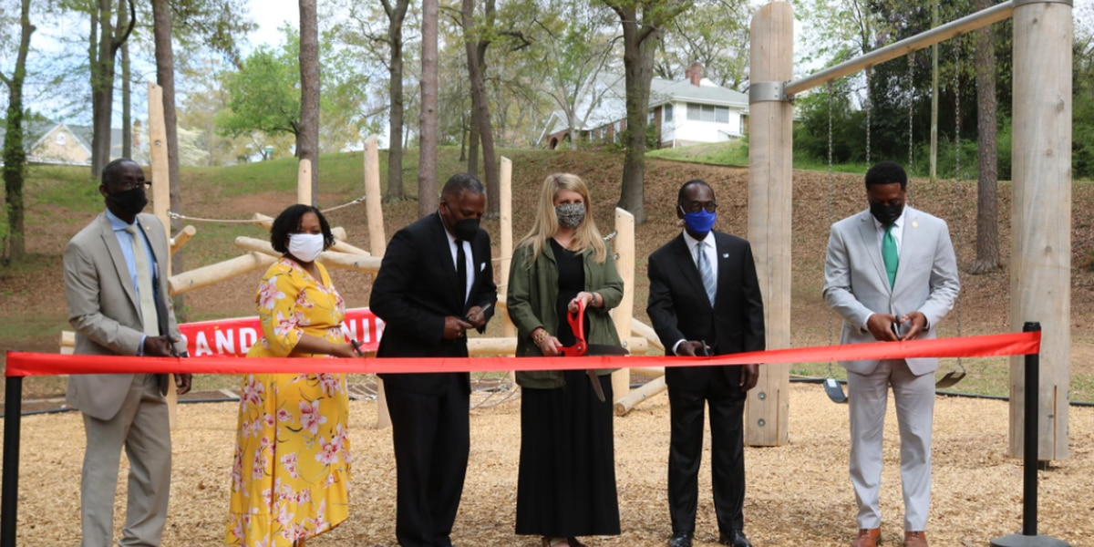 Columbia Parks and Recreation Department opens two new city parks