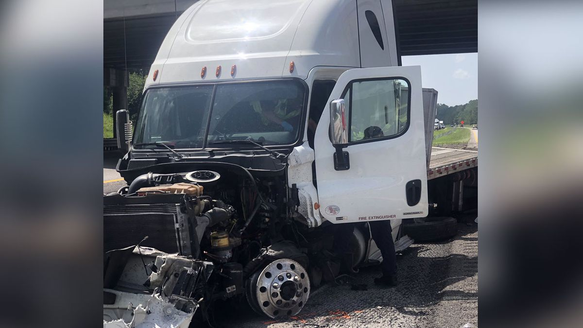 I-26 in Orangeburg Co  reopened following head-on collision