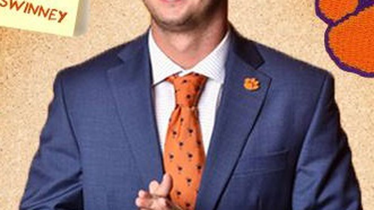 Oakland Raiders select Clemson WR, Socastee native Hunter Renfrow in fifth round of NFL draft