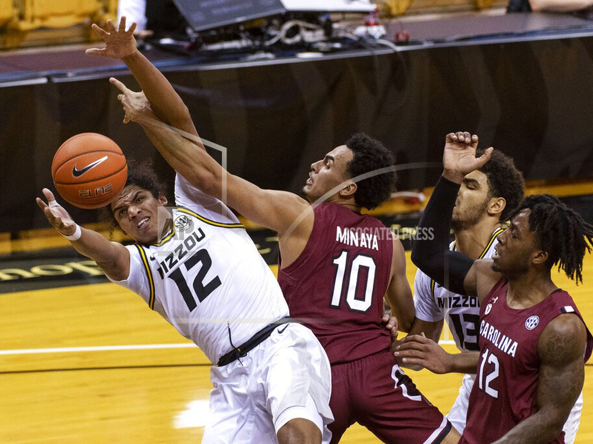 Tilmon leads efficient No. 19 Missouri past South Carolina