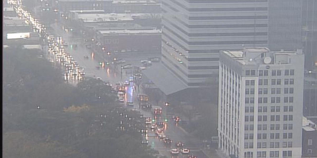 Downtown traffic reopens as fire officials give all clear at high-rise