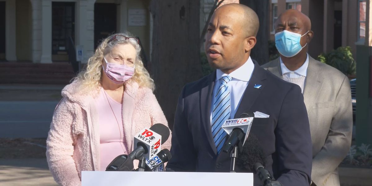 Johnson announces run for Columbia Mayor