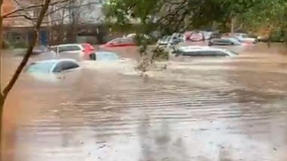 Firefighters rescue 143 people after Charlotte charter school evacuated due to heavy flooding